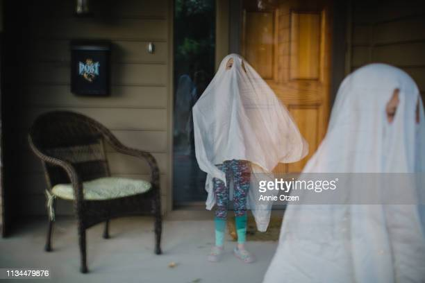 ghosts - ghost player foto e immagini stock