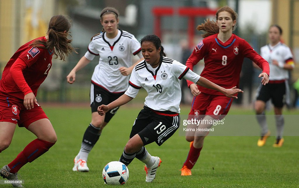 Gia Corley of Germany on the ball during the International Friendly match between U15 Girls Germany and U15 Girls Czech Republic at Auenstadion on May 24, 2016 in Floeha, Germany.