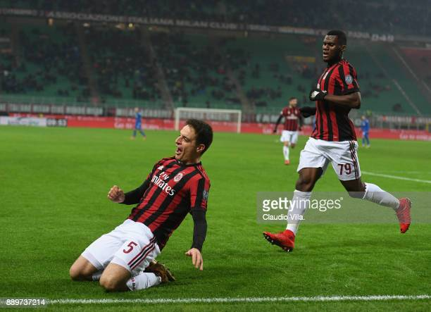 Giacomo Bonaventura of AC Milan celebrates after scoring the opening goal during the Serie A match between AC Milan and Bologna FC at Stadio Giuseppe...