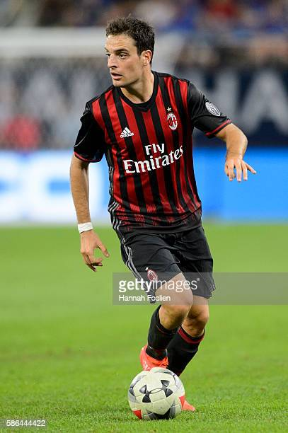 Giacomo Bonaventura of AC Milan controls the ball against Chelsea during the second half of the International Champions Cup match on August 3 2016 at...