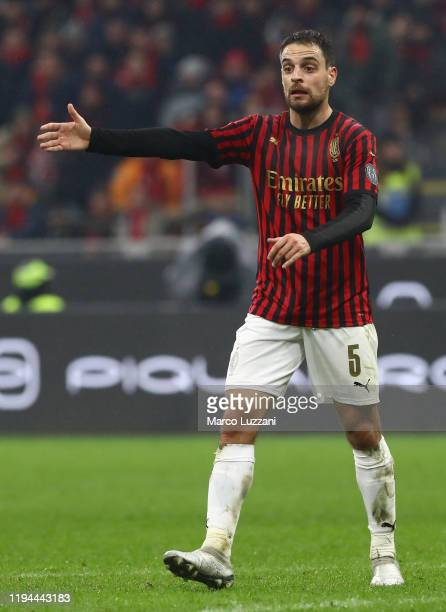 Giacomo Bonaventura of AC Milan gestures during the Serie A match between AC Milan and US Sassuolo at Stadio Giuseppe Meazza on December 15, 2019 in...