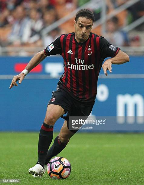 Giacomo Bonaventura of AC Milan in action during the Serie A match between AC Milan and US Sassuolo at Stadio Giuseppe Meazza on October 2 2016 in...