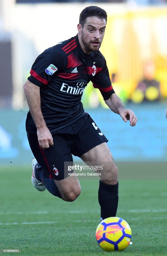 Giacomo Bonaventura of AC Milan in action during the serie A match between Spal and AC Milan at Stadio Paolo Mazza on February 10, 2018 in Ferrara, Italy.
