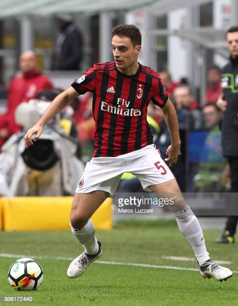 Giacomo Bonaventura of AC Milan in action during the serie A match between AC Milan and AC Chievo Verona at Stadio Giuseppe Meazza on March 18 2018...