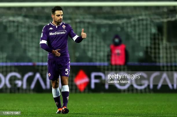 Giacomo Bonaventura of ACF Fiorentina celebrates after scoring a goal during the Serie A match between ACF Fiorentina and FC Crotone at Stadio...