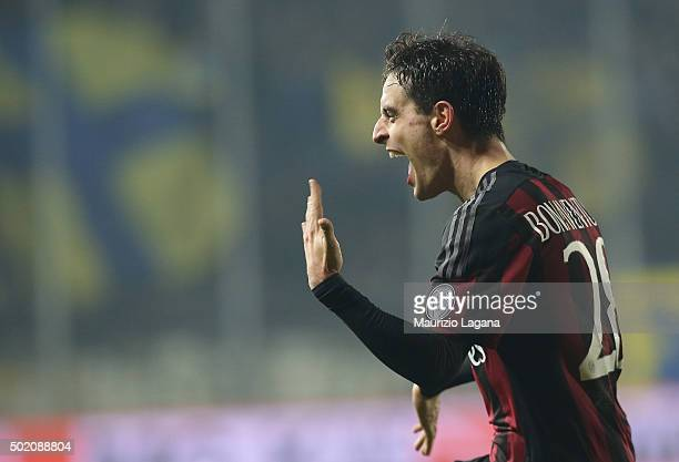 Giacomo Bonaventura of Milan celebrates after scoring his team's 4th goal during the Serie A match between Frosinone Calcio and AC Milan at Stadio...