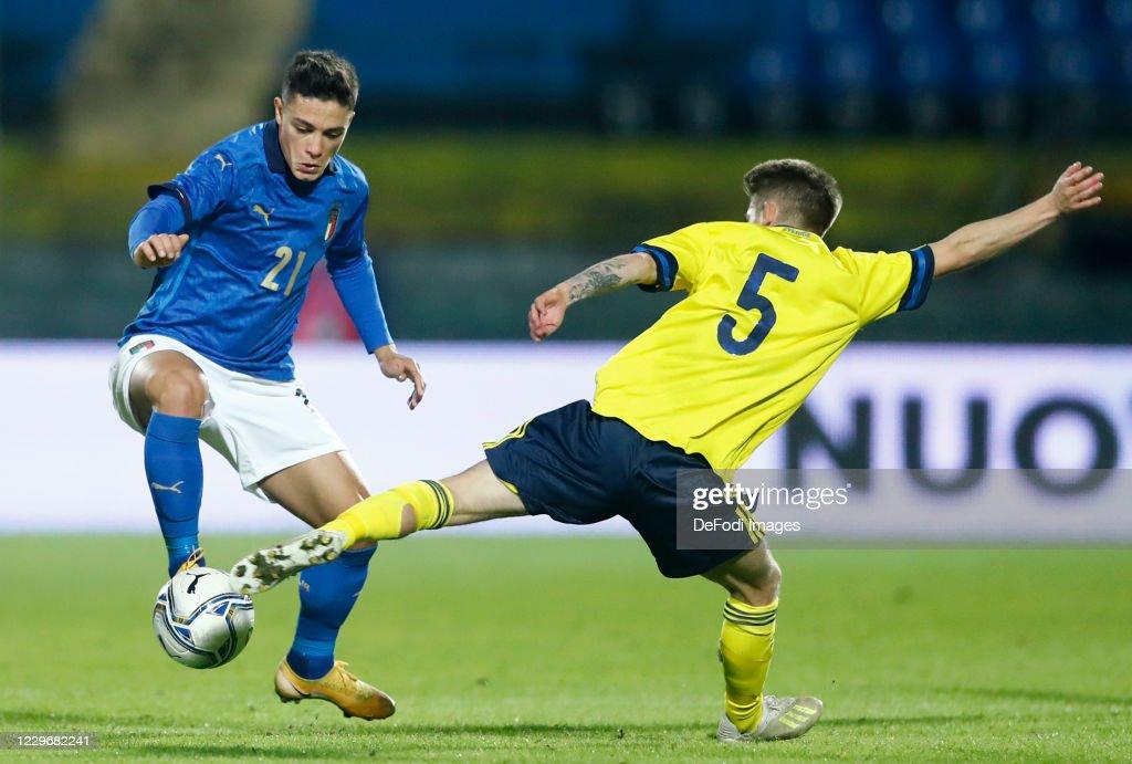 Italy U21 v Sweden U21 - UEFA Euro Under 21 Qualifier : ニュース写真