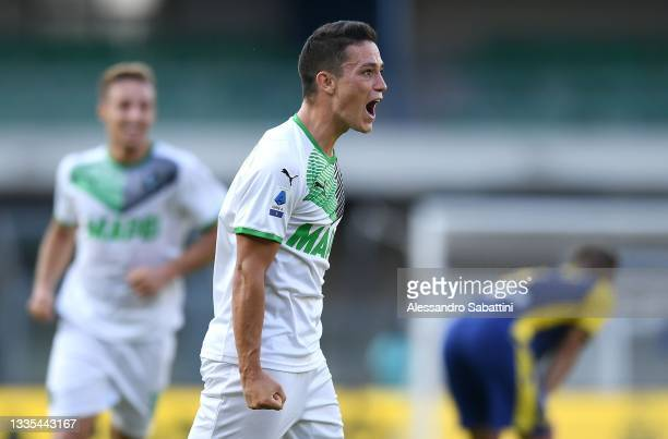 Giacomo Raspadori of US Sassuolo celebrates after scoring the opening goal during the Serie A match between Hellas Verona FC v US Sassuolo at Stadio...