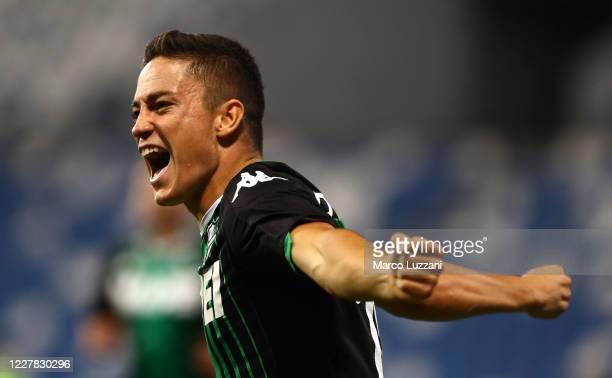 Giacomo Raspadori of US Sassuolo celebrates his goal during the Serie A match between US Sassuolo and Genoa CFC at Mapei Stadium - Citta del...