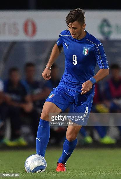 Giacomo Vrioni of Italy U19 in action during the international friendly match between Italy U19 and Croatia U19 at on August 11 2016 in Manzano near...