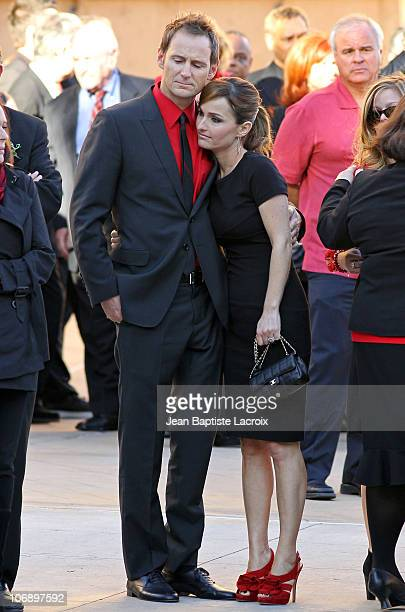 Giada De Laurentiis and Todd Thompson attend the Dino De Laurentiis funeral service on November 15 2010 in Los Angeles California
