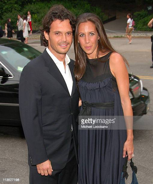 Gian Paolo de Felice and Gabby Karan during The Fresh Air Fund Salute To American Heroes June 1 2006 at Tavern On the Green in New York City New York...