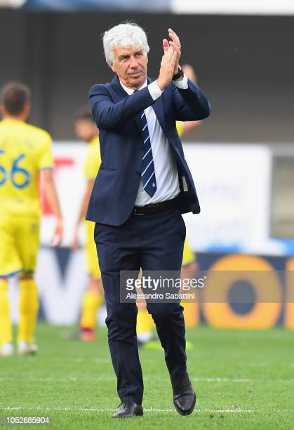 Gian Piero Gasperini head coach of Atalanta BC celebrates the victory after the Serie A match between Chievo Verona and Atalanta BC at Stadio...
