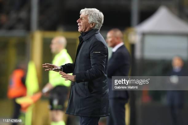 Gian Piero Gasperini manager of Atalanta BC gestures during the Serie A match between Atalanta BC and Empoli at Stadio Atleti Azzurri d'Italia on...