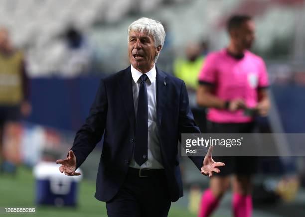 Gian Piero Gasperini, Manager of Atalanta reacts during the UEFA Champions League Quarter Final match between Atalanta and Paris Saint-Germain at...