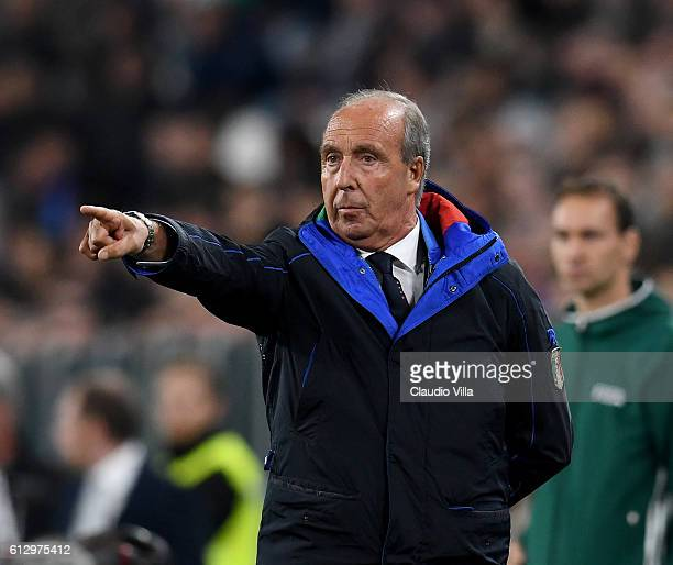 Gian Piero Ventura coach of Italy gestures during the FIFA 2018 World Cup Qualifier between Italy and Spain at Juventus Stadium on October 6 2016 in...