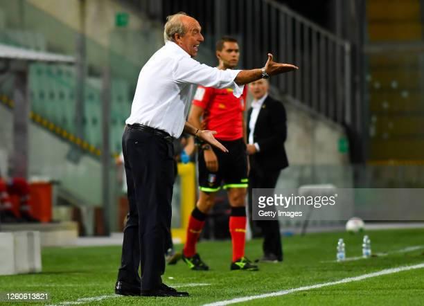 Gian Piero Ventura, head coach of Salernitana, reacts during the serie B match between Pordenone Calcio and US Salernitana at Dacia Arena on July 27,...