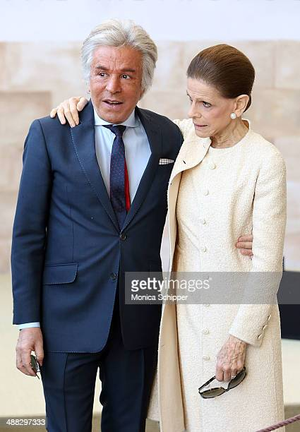Giancarlo Giammetti and Annette de la Renta attend the Anna Wintour Costume Center Grand Opening at Metropolitan Museum of Art on May 5 2014 in New...