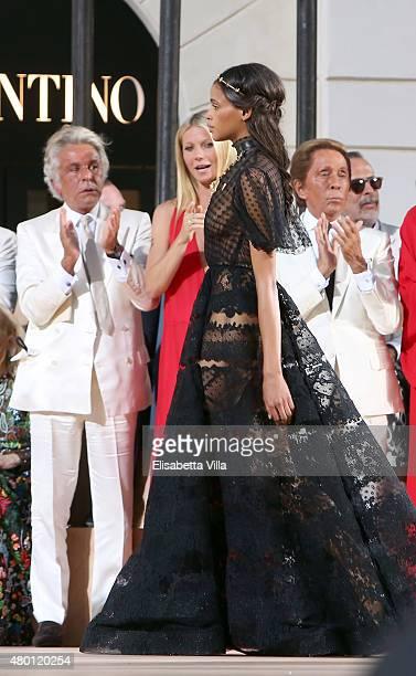 Giancarlo Giammetti Gwyneth Paltrow and Valentino Garavani attend the Valentinos 'Mirabilia Romae' haute couture collection fall/winter 2015 2016 at...