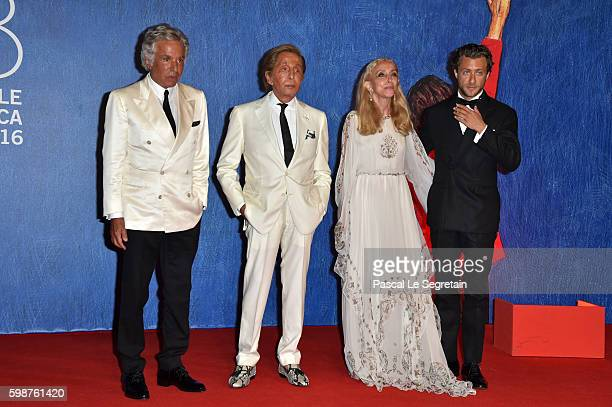 Giancarlo Giammetti Valentino Garavani Franca Sozzani and Francesco Carrozzini attend the premiere of 'Franca Chaos And Creation' during the 73rd...