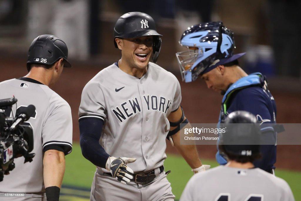 Division Series - New York Yankees v Tampa Bay Rays - Game One : ニュース写真