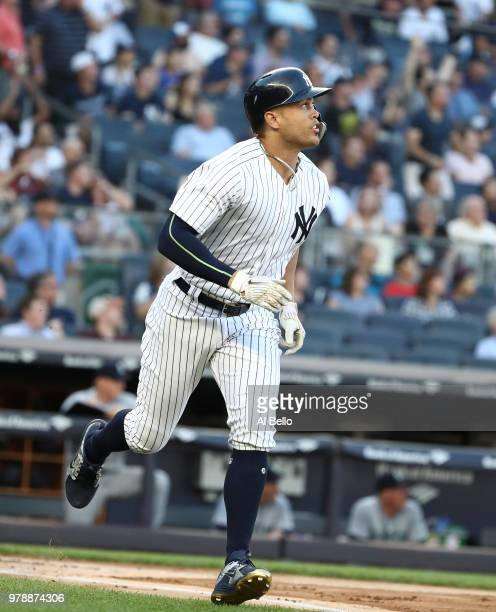 Marco Gonzales of the Seattle Mariners pitches against the New York Yankees during their game at Yankee Stadium on June 19 2018 in New York City