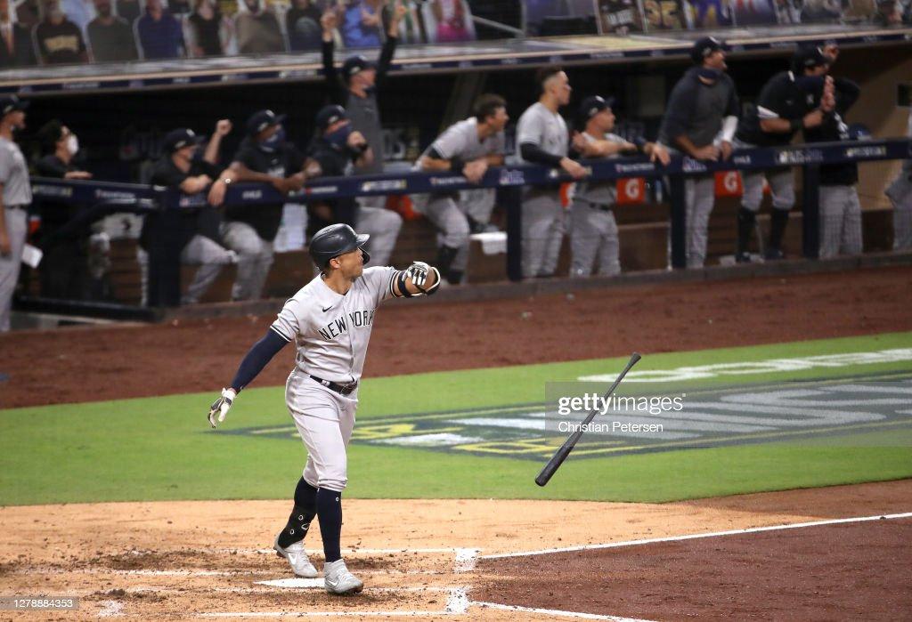 Division Series - New York Yankees v Tampa Bay Rays - Game Two : ニュース写真
