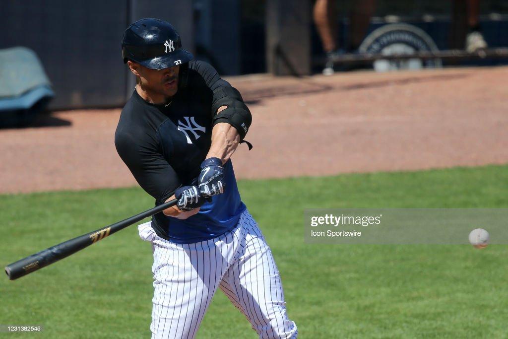 MLB: FEB 25 Spring Training - Yankees Workout : News Photo