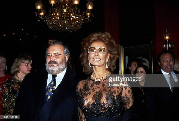 "Gianfranco Ferre and Sophia Loren attends the Premiere of ""Ready To Wear"" circa 1994 in New York City."