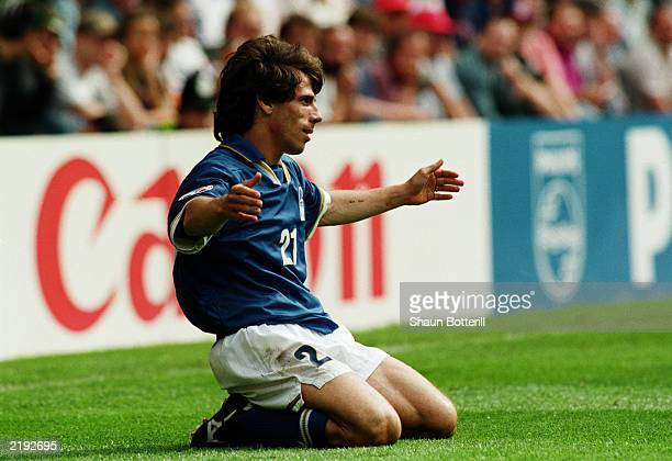 Gianfranco Zola of Italy appeals for a decision during the UEFA European Championships 1996 Group C match between Italy and Russia held on June 11...