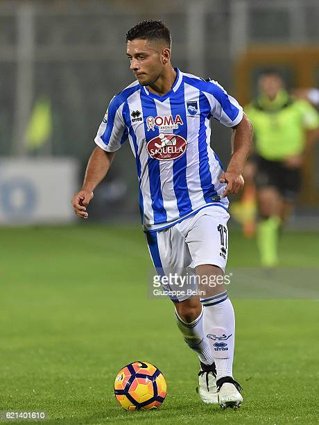 Gianluca Caprari of Pescara Calcio in action during the Serie A match between Pescara Calcio and Atalanta BC at Adriatico Stadium on October 26 2016...