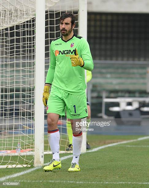 Gianluca Curci goalkeeper of Bologa FC gestures during the Serie A match between Hellas Verona FC and Bologna FC at Stadio Marc'Antonio Bentegodi on...