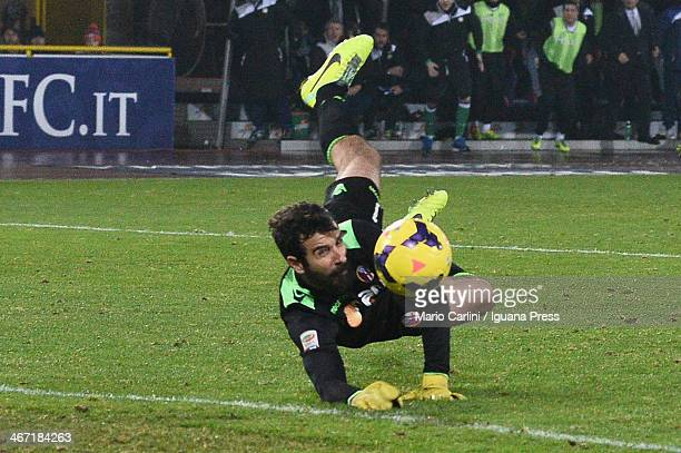Gianluca Curci goalkeeper of Bologna FC in action during the Serie A match between Bologna FC and Udinese Calcio at Stadio Renato Dall'Ara on...