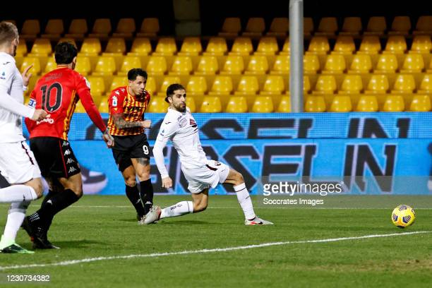 Gianluca Lapadula scores the second goal to make it 2-0 during the Italian Serie A match between Benevento Calcio v Torino at the Stadio Ciro...