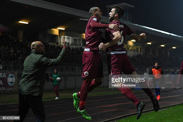 Gianluca Litteri of AS Cittadella celebrates a goal with team mate Filippo Scaglia during the Serie B match between AS Cittadella and Hells Veronaat...