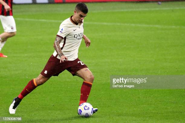 Gianluca Mancini of AS Roma controls the ball during the Serie A match between AC Milan and AS Roma at Stadio Giuseppe Meazza on October 26 2020 in...