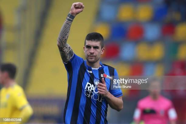 Gianluca Mancini of Atalanta BC celebrates after scoring the opening goal during the Serie A match between Frosinone Calcio and Atalanta BC at Stadio...