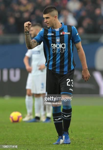 Gianluca Mancini of Atalanta BC celebrates his goal during the Serie A match between Atalanta BC and FC Internazionale at Stadio Atleti Azzurri...