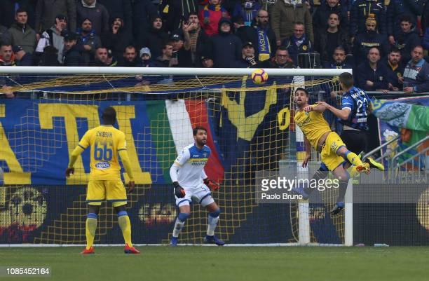 Gianluca Mancini of Atalanta BC scores the opening goal during the Serie A match between Frosinone Calcio and Atalanta BC at Stadio Benito Stirpe on...