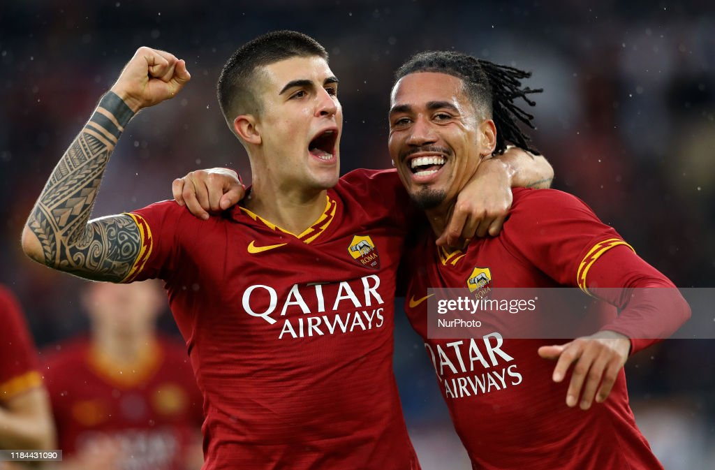 Gianluca Mancini of Roma celebrates with Chris Smalling of Roma after...  News Photo - Getty Images