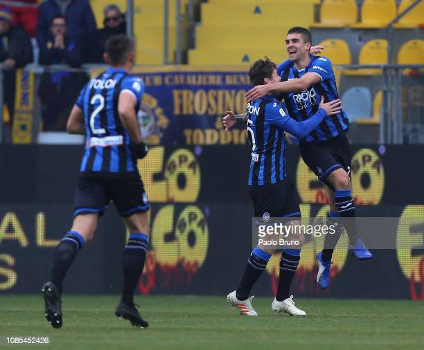 Gianluca Mancini with his teammates of Atalanta BC celebrates after scoring the opening goal during the Serie A match between Frosinone Calcio and...