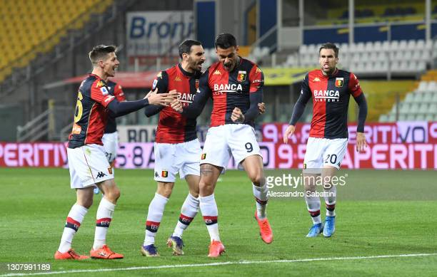 Gianluca Scamacca of Genoa CFC celebrates scoring a goal to make it 1-1 during the Serie A match between Parma Calcio and Genoa CFC at Stadio Ennio...