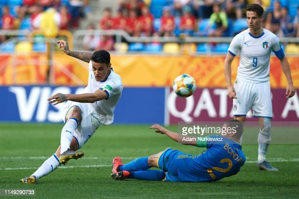 Gianluca Scamacca of Italy U20 scores the equalizer that was disallowed by revision with VAR during the 2019 FIFA U20 World Cup Semi Final match...