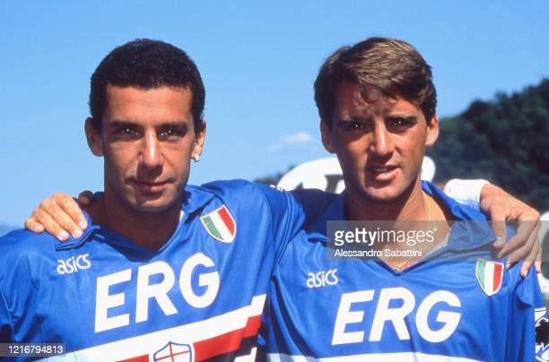 Gianluca Vialli of Sampdoria embraces Roberto Mancini of Sampdoria during the Seria A Italy