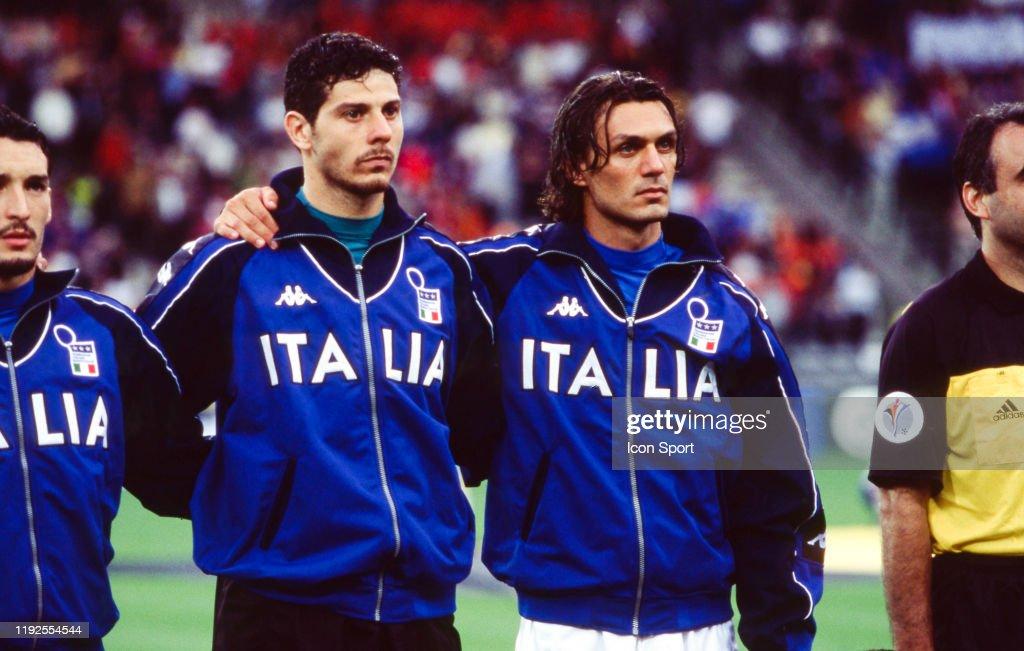 ¿Cuánto mide Paolo Maldini? - Altura - Real height Gianluca-zambrotta-francesco-toldo-and-paolo-maldini-of-italy-during-picture-id1192554544