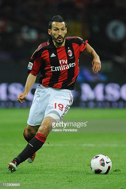 Gianluca Zambrotta of AC Milan in action during the Serie A match between AC Milan and UC Sampdoria at Stadio Giuseppe Meazza on April 16 2011 in...