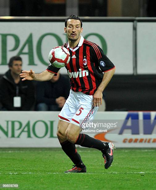 Gianluca Zambrotta of AC Milan in action during the Serie A match between AC Milan and Juventus FC at Stadio Giuseppe Meazza on May 15 2010 in Milan...