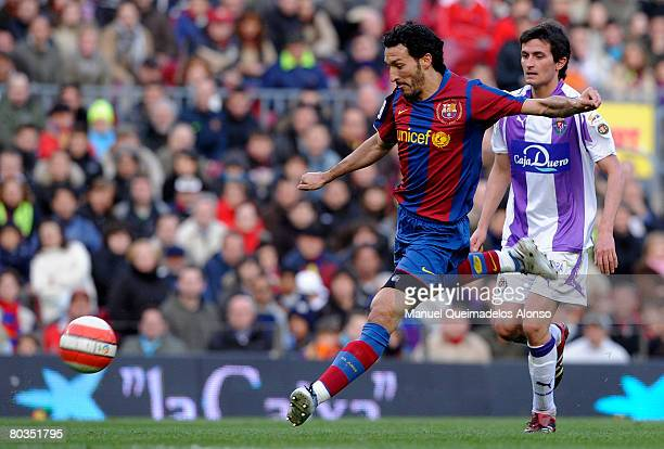 Gianluca Zambrotta of Barcelona and Joseba Llorente of Valladolid in action during the La Liga match between Barcelona and Valladolid at the Camp Nou...