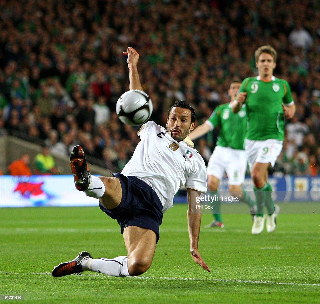Gianluca Zambrotta of Italy in action during the FIFA 2010 World Cup European Qualifying match between the Republic of Ireland and Italy at Croke Park on October 10, 2009 in Dublin, Ireland.