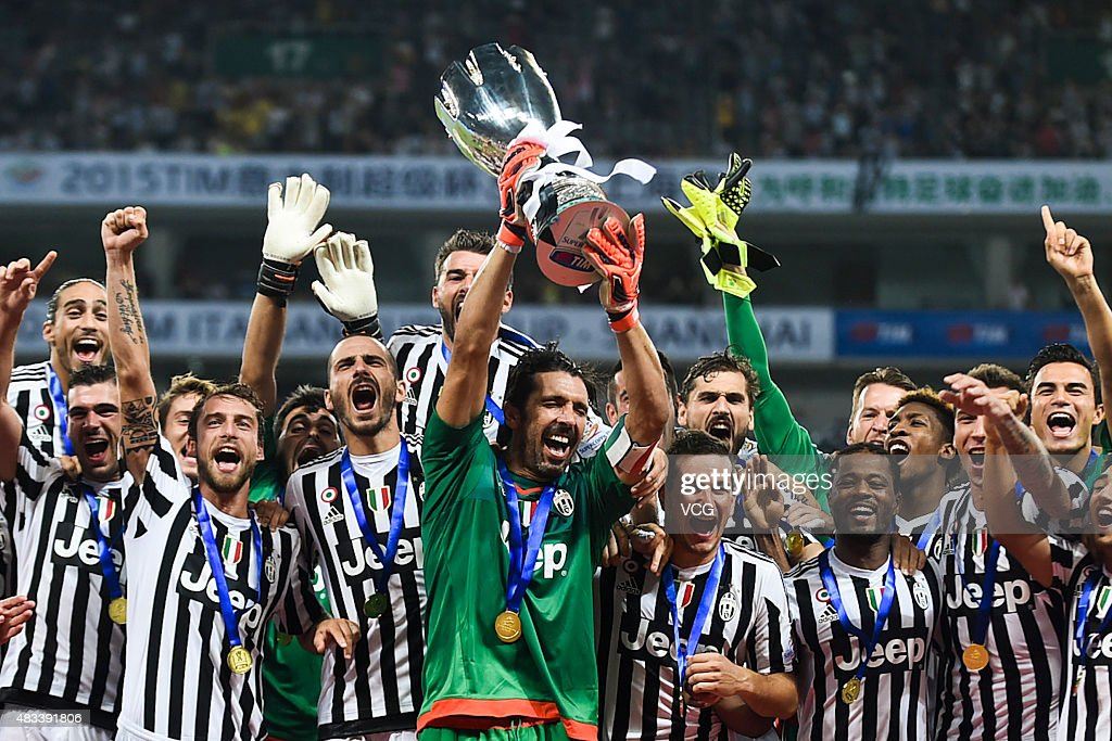 Gianluigi Buffon, captain of Juventus FC, celebrates with teammates after winning S.S. Lazio during Italian Super Cup final football match between Juventus and Lazio at Shanghai Stadium on August 8, 2015 in Shanghai, China.